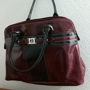 Gianni Bernini handbag.